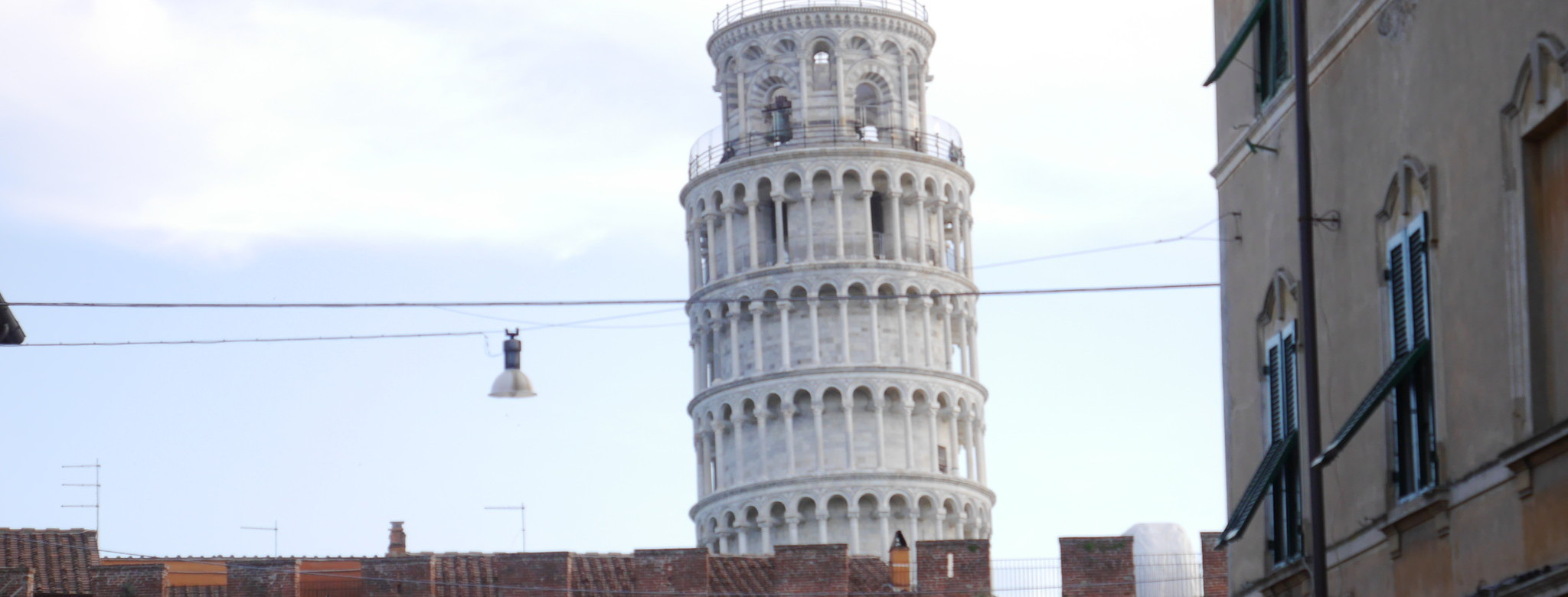 The leaning tower lurks in wait.